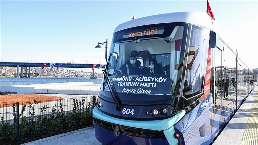 Eminönü Alibeyköy Tramvay Hattı'nın ilk kısmı hizmete açıldı