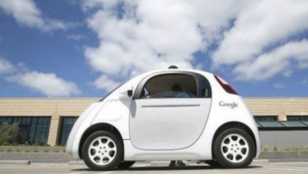 Google robot araçları California'da